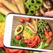 Food-Trends 2019 Gemüse Platte Smartphone