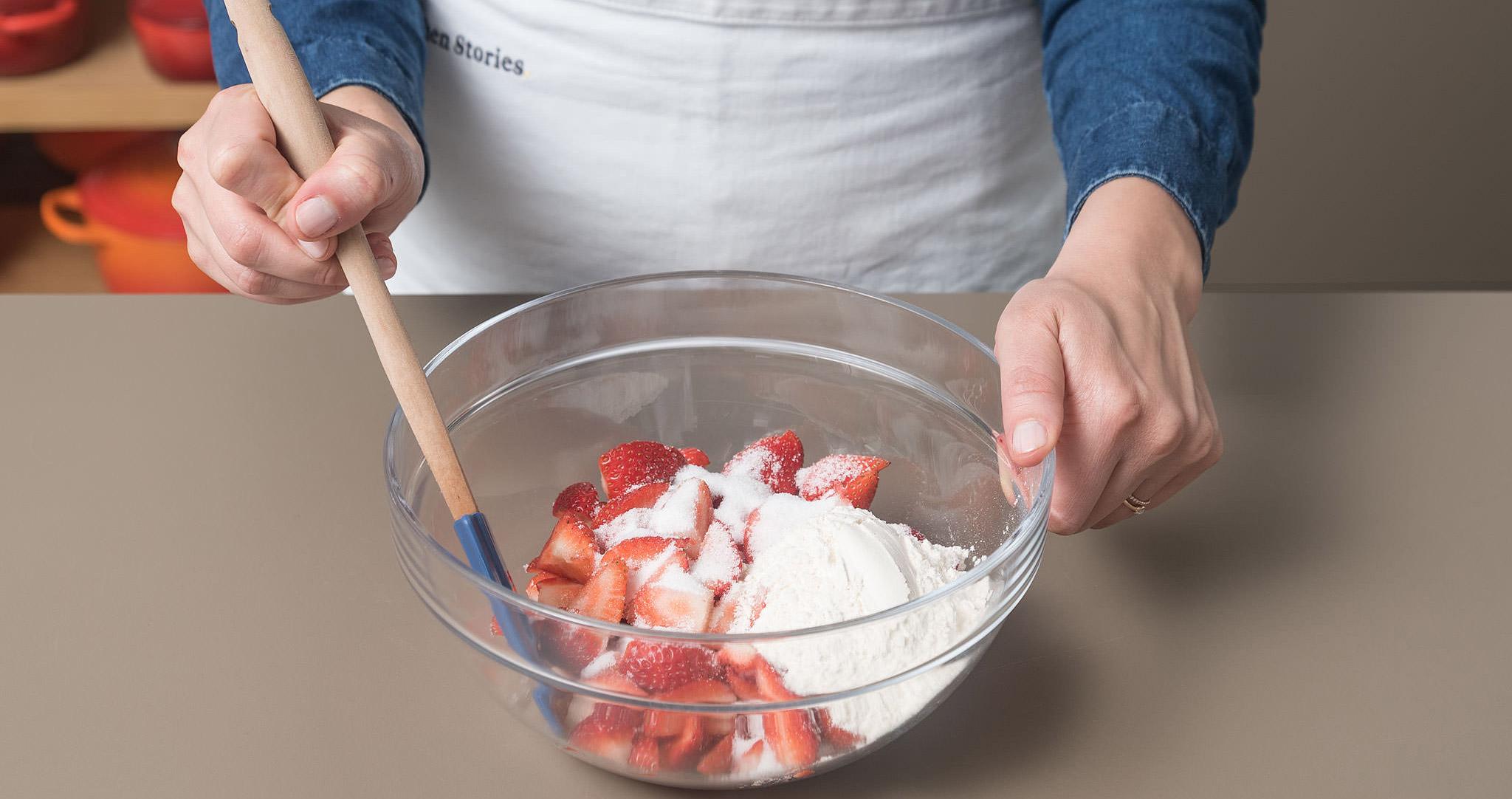 Erdbeer-Streuselkuchen Schüssel Edrbeeren