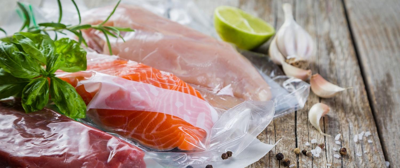 Vakuumieren von Fisch und Fleisch