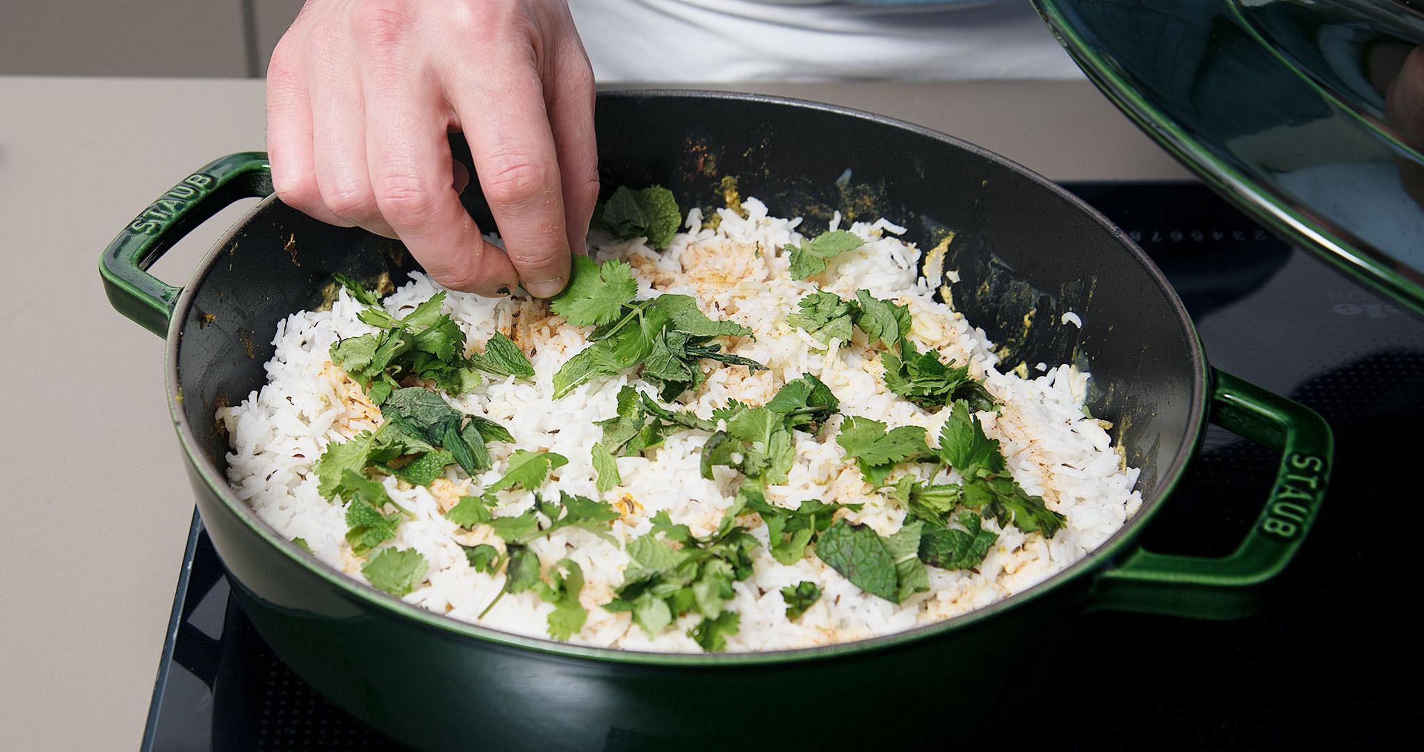 Curry-Rezept Hähnchen-Curry verfeinern