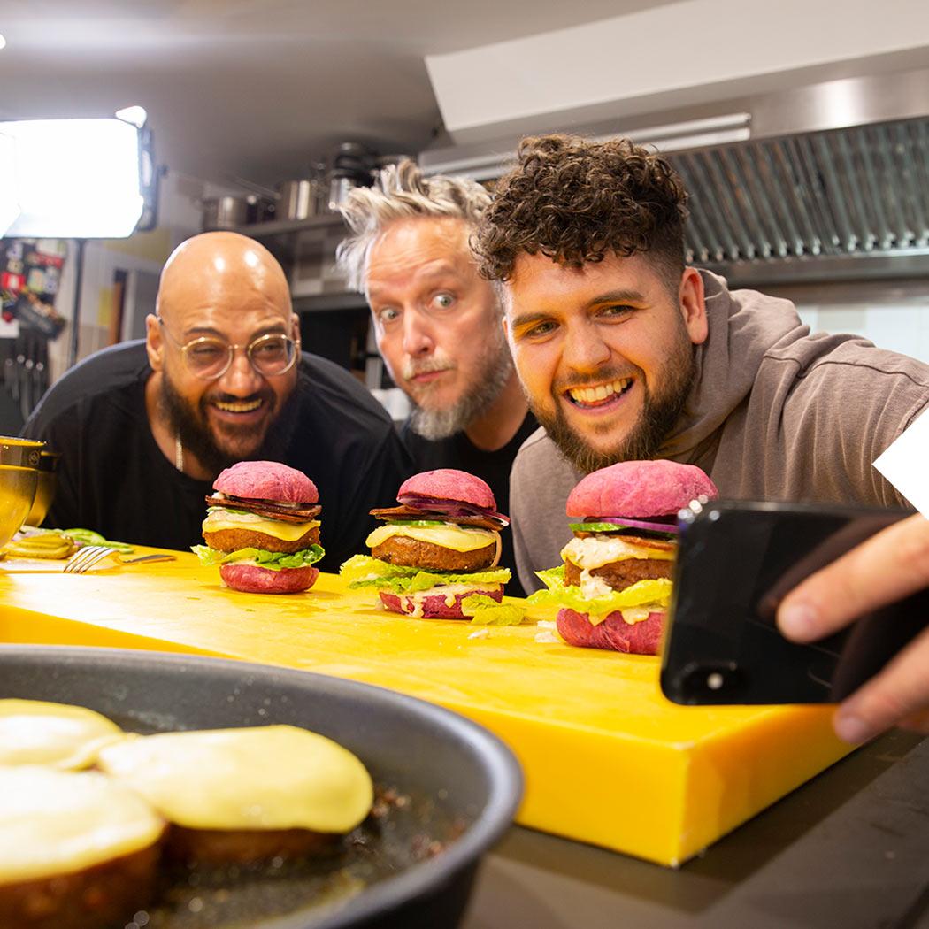 Egg Benedict Christoph Brand Burger