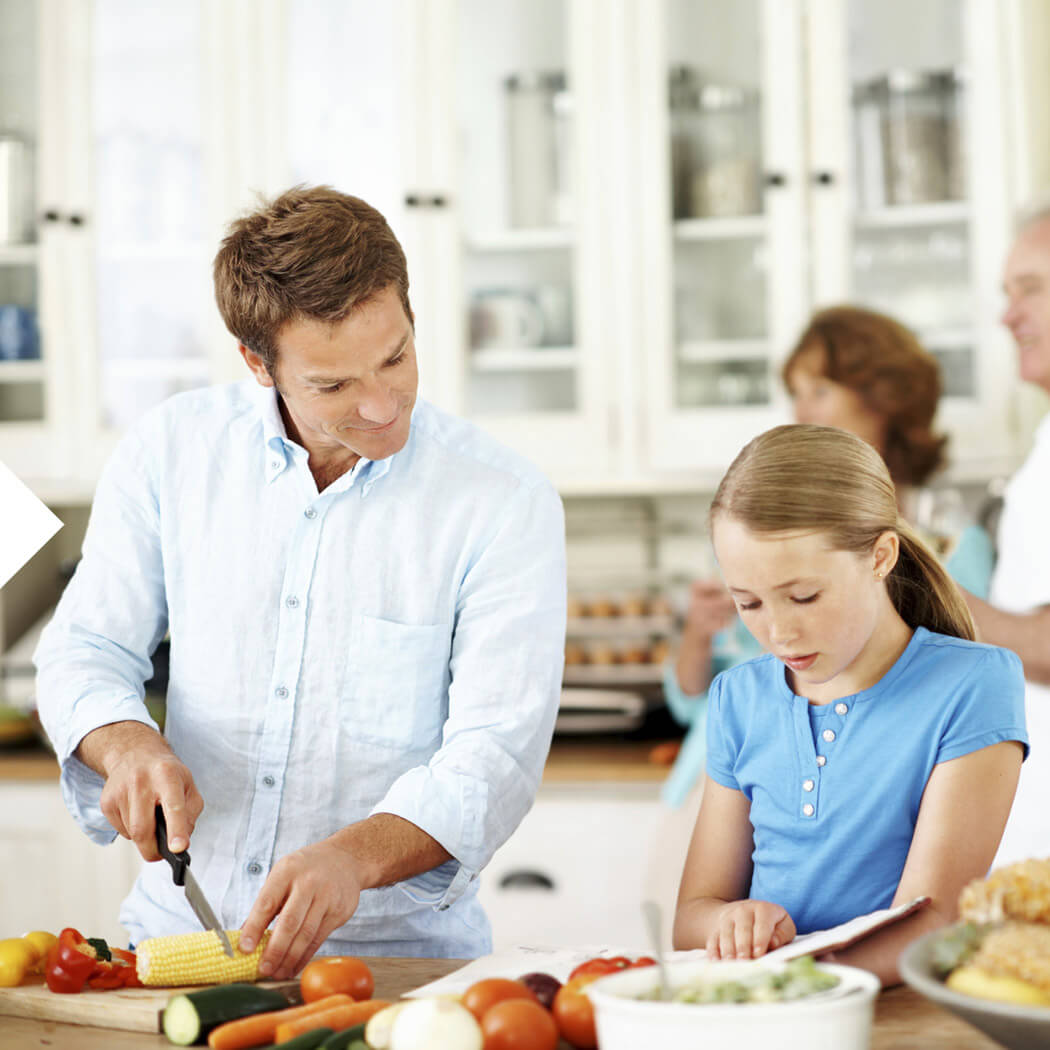 Homeoffice Homeschooling zusammen kochen
