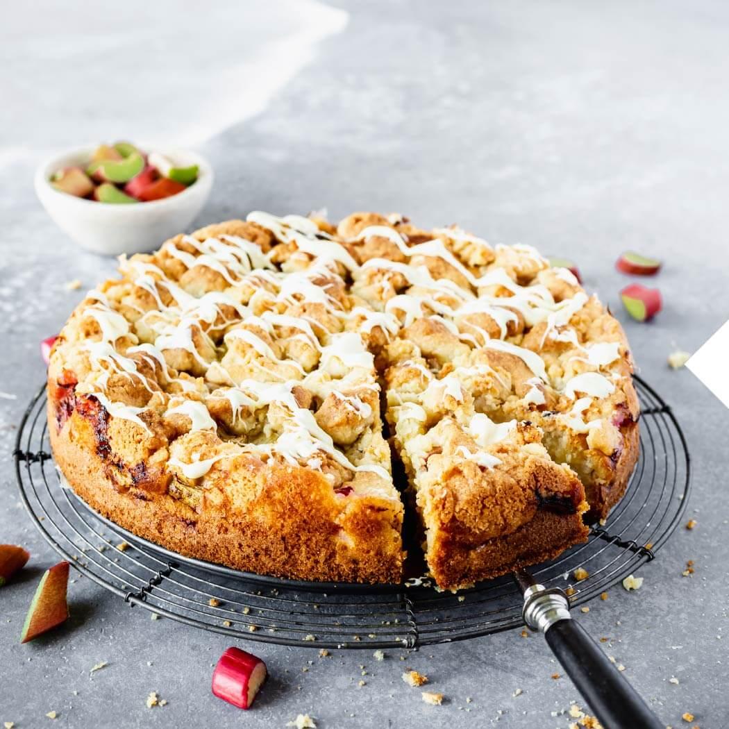 Saisonal Mai Rhabarber-Kuchen
