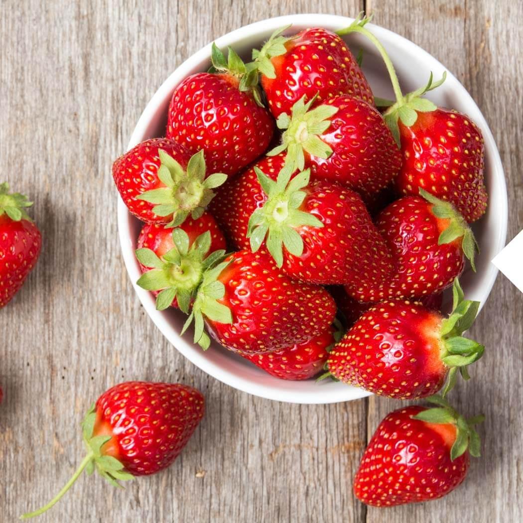 Saisonal Mai Erdbeeren