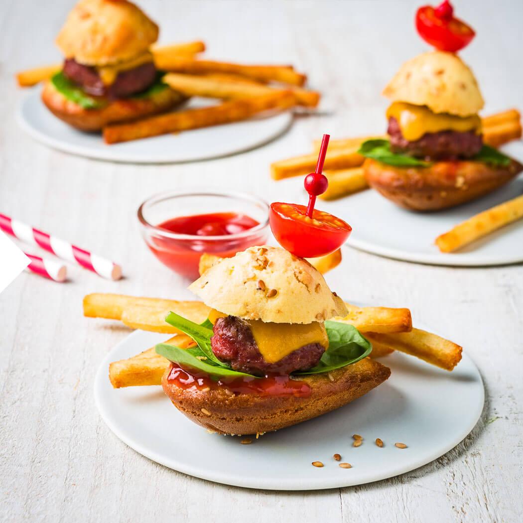 Burger selbst machen Pommes Ketchup