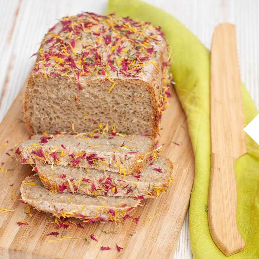 Brot backen mit Brotbackautomaten Blütenbrot